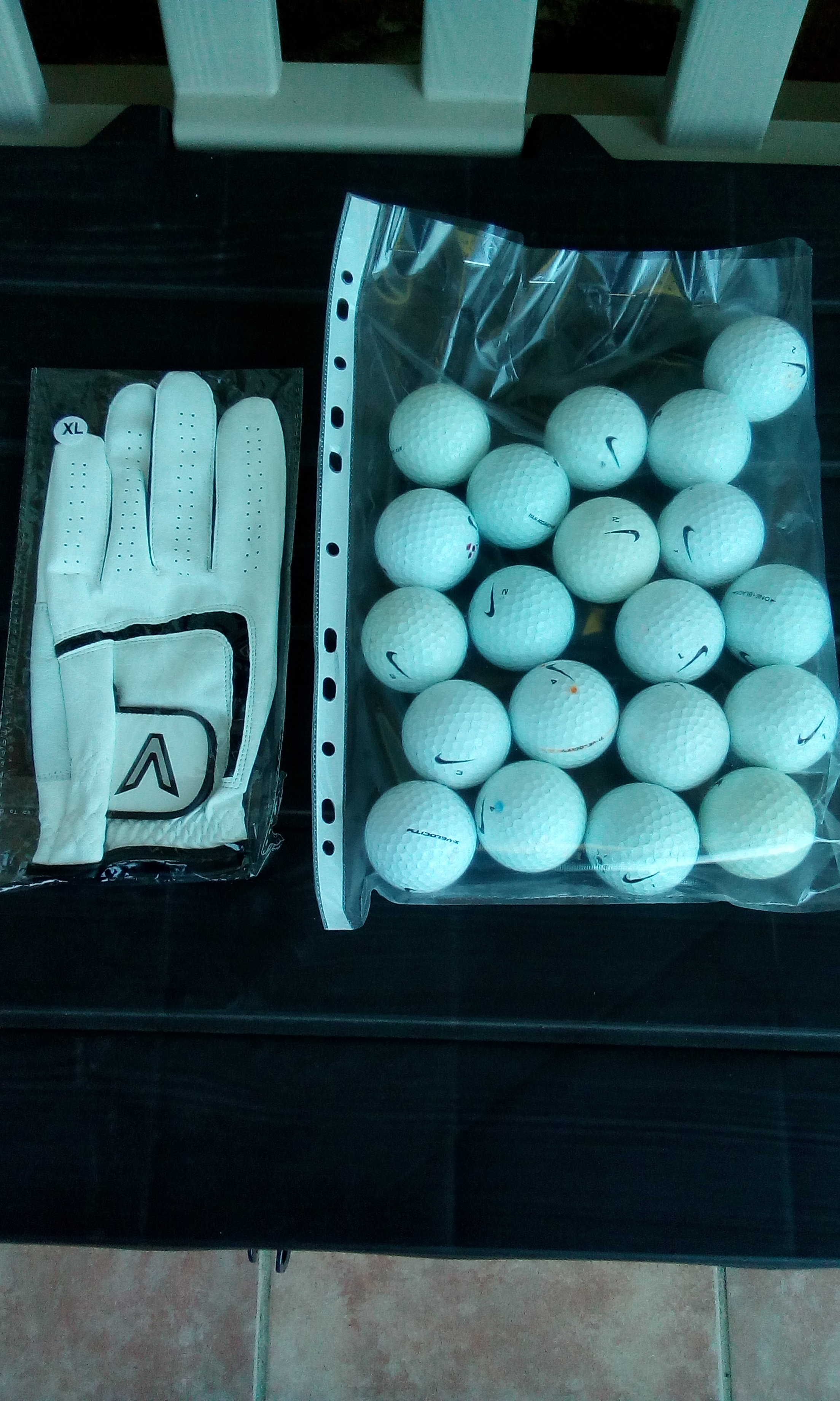 mientras rosado trampa  For sale: 20 Grade A Nike Golf Balls and new golf glove - Buy and sell  items in Santiago de la Ribera - Santiago de la Ribera forum - Costa Cálida  forum
