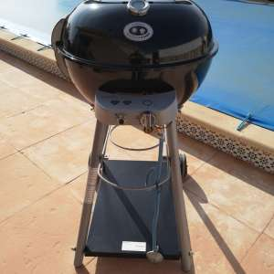 For sale: kettle barbque