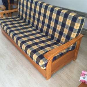 For sale: Settee - €70
