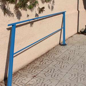 For sale: METAL HAND RAIL FOR 7/8 STEPS CUSTOM MADE - €85