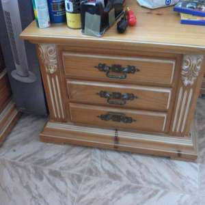 For sale: two matching pine chest of draws