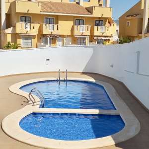 For sale: 2 bedroom apartment for long term rental - €400