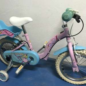 "For sale: Girls bike 14"" wheels - €15"