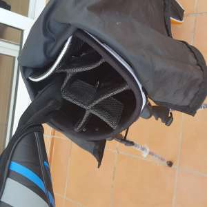 For sale: golf stand bag - brand new - €40