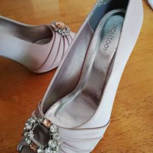 For sale: Ladies Shoes - €20