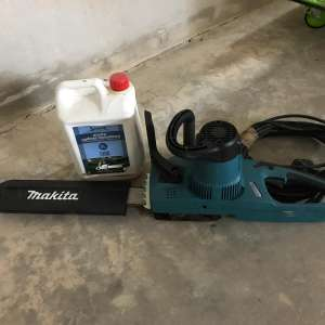 For sale: Makita  Uc3541a 14In electric chainsaw - €50
